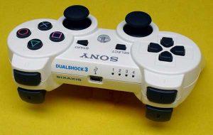 tay-cam-choi-game-Sony-Dualshock-3